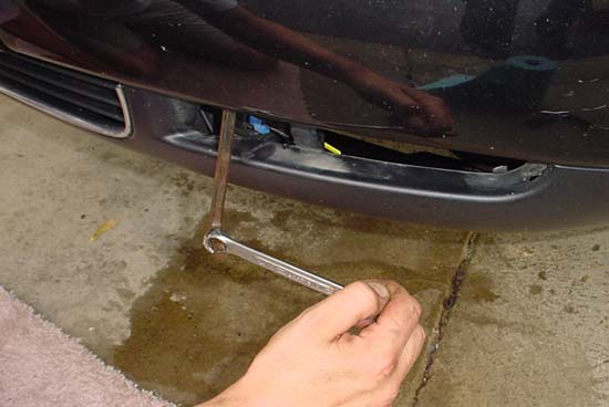 Audi area: Audi A8 Front End Removal